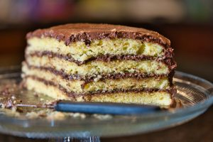 Sexless Relationships and the Layered Cake Metaphor